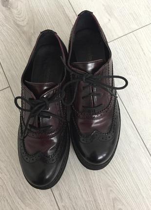 Броги, итальянская обувь, кожаные туфли.
