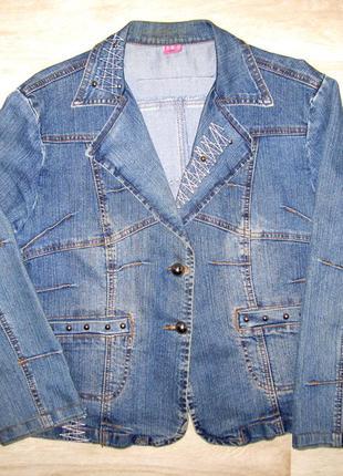 Женский джинсовый пиджак куртка ветровка