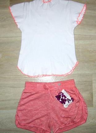 Нарядный летний костюм для девочки размер  104-110 футболка го...