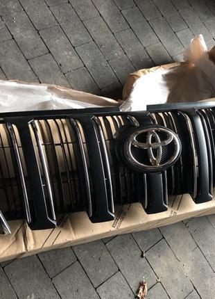 Решетка радиатора NEW Toyota Prado Тойота Прадо 150 2016