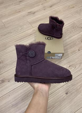 Ugg mini bailey button 2 metallic 1019031 цвет port. размер 7 us