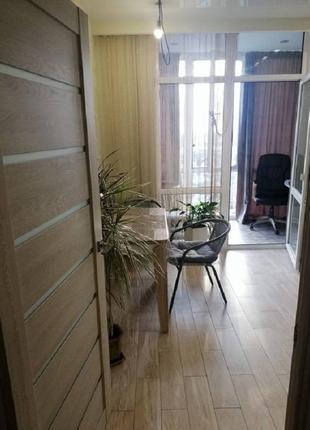 1-комнатная квартира с ремонтом.