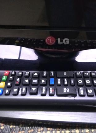 LG 32 led телевізор