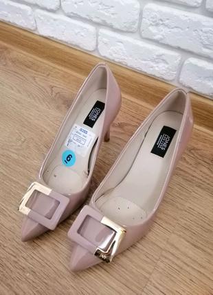 Стильные туфли американского бренда Jones New York