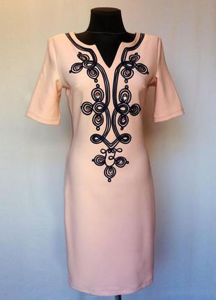Распродажа. красивое платье, контрастная вышивка. турция. ново...