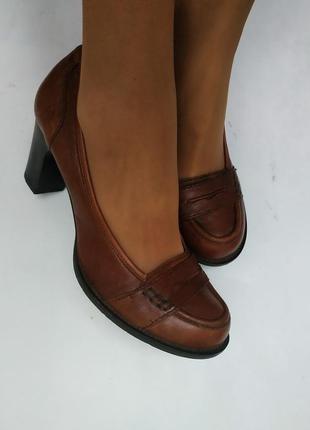 Туфли лоферы на устойчивом каблучке, обувь и вещи в распродаже!