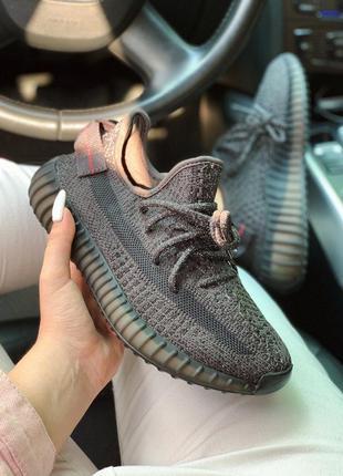 Кроссовки adidas yeezy reflective