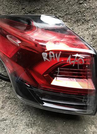 Фонарь стоп задний Toyota RAV4 Rav 4 Тойота Рав 4 2017