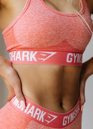 Оригинал спортивный топ flex gymshark размер l | есть нюанс