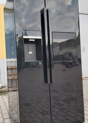 Холодильник side by side Грюндиг Grundig GSBS 14620 X черный А++