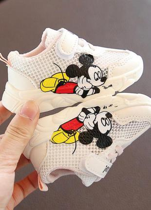 Летние кроссовки для малышек