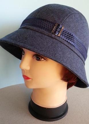 Шляпа женская. клош. федора. демисезонная.классика. цена 250 гр.