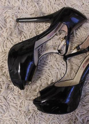 Акция 2=3 туфли шпилька лаковые натуральная кожа