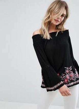 Новая блуза с вышивкой на плечи кружево на рукаве размер 8 mis...