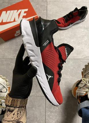 Nike air jordan react havoc gym red.