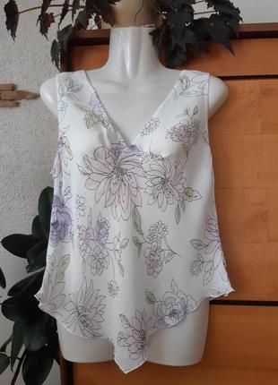 Легкая блузка в нежный цветочный принт