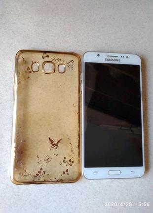 Смартфон Samsung j7 2016
