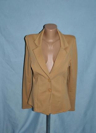 Трикотажный пиджак, жакет женский