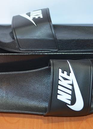 Шлепанцы мужские Nike.