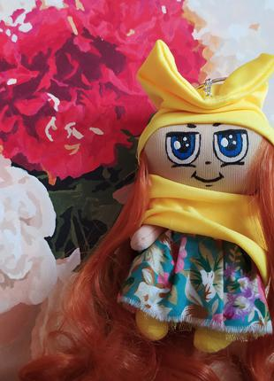 Кукла брелок 3 жёлтая на рюкзак сумку ручная работа