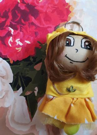 Кукла брелок 2 жёлтая на рюкзак сумку ручная работа