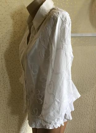 Нарядная белая хлопковая блуза
