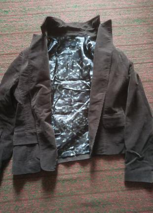 Продаю жіночу куртку
