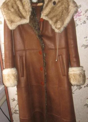Дубленка длинная с меховым воротом/капюшоном. 50-52 размер. ра...