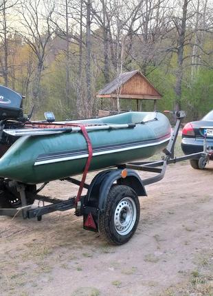 Лодка мотор лафет