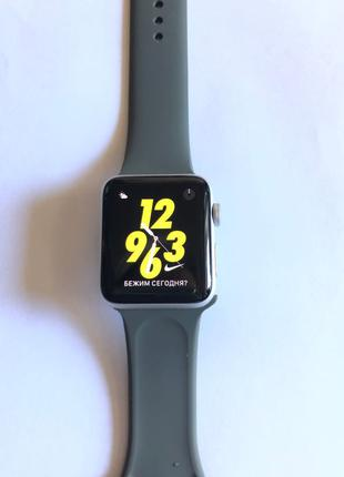 Часы Apple Watch 3 42 Nike