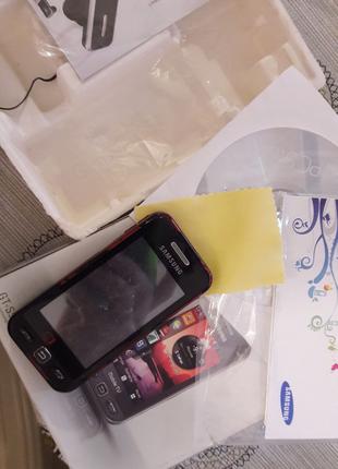 Мобильный телефон Samsung GT-S5233T.