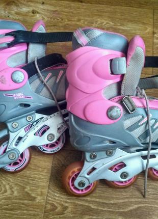 Раздвижные роликовые коньки для девочки