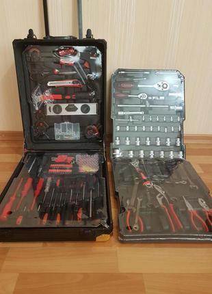 Набор инструментов в чемодане Gold Diamond 399 в 1