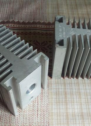 Алюминиевые большие радиаторы для радиолюбителя