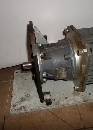 Мотор-редуктор 3 МП-31,5
