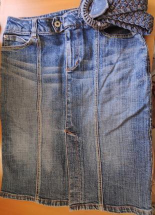Юбка джинсовая, по колена размер 36  идеальное состояние, спер...