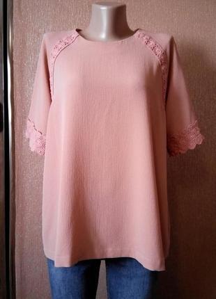 Блузка  фактурной ткани размер 16 marks&spencer