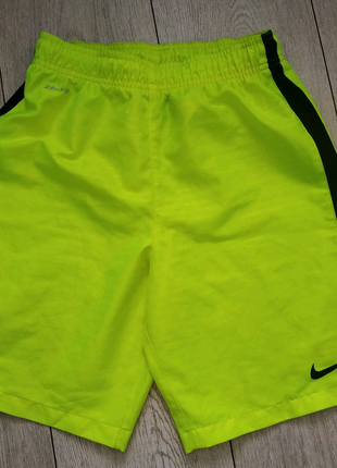 Шорты Nike рр 12 лет