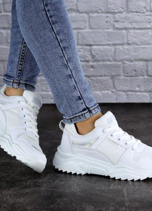 Женские кроссовки летние белые Doby