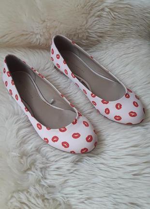 Милые туфельки балетки m&s 41 размер