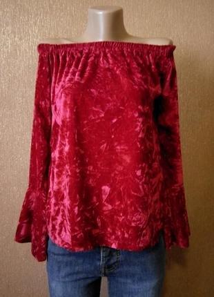 Блузка велюровая с перламутровым эффектом,с воланом на рукаве ...