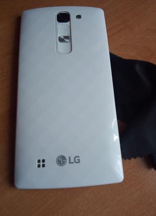 Телефон LG G4C