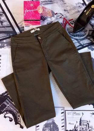 Женские брюки , штаны цвет хаки