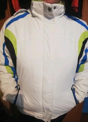 Куртка Жіноча !