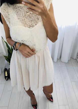 Платье  тюль айвори с объемными розами asos asos
