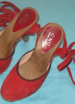 Туфли сабо летние  женские брендовые  на завязках. 36р. Дешево.