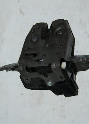 Замок двери багажника Chevrolet Volt 11-15 13585478