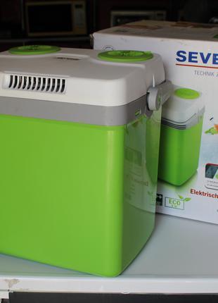 Портативний  холодильник SEVERIN KB 2922 Зелено-белый
