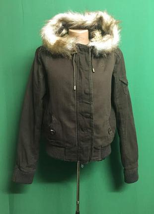 Демисезонная куртка бомбер на меху alidante