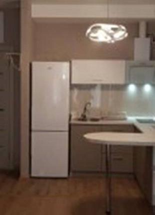 Продам квартиру - студию с ремонтом и техникой в новом доме. Райо